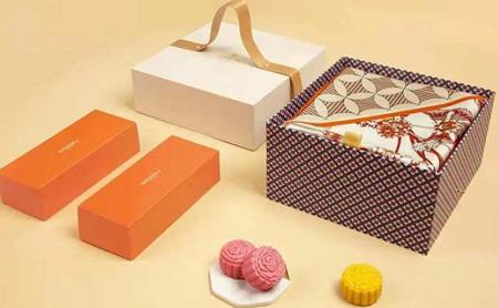 Hangzhou mooncake makers find creative ways to lure customers