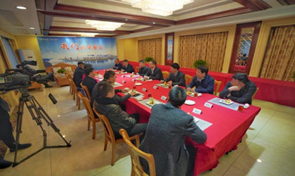 Tonglu entrepreneurs discuss foreign trade growth at breakfast meeting