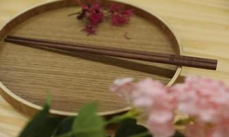 Delegate proposes establishing Serving Chopsticks Day on Double 11th