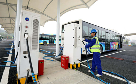 China's largest e-bus charging station opens in Hangzhou