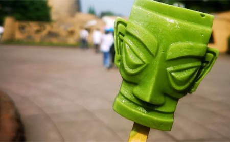 Landmark-shaped popsicles give Chinese a new taste of culture