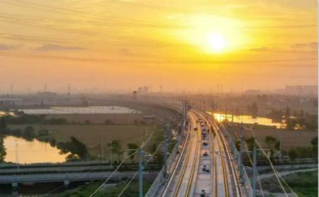 Hangzhou-Shaoxing-Taizhou high-speed railway completes construction